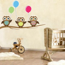 Owls with balloons