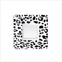 Leopard switch